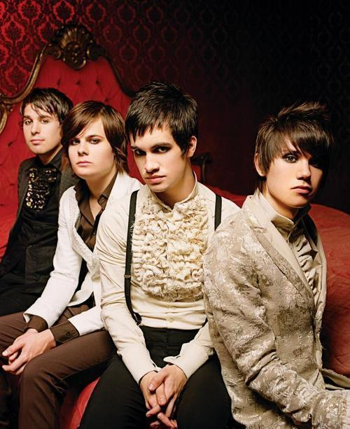 panic_at_the_disco-large-msg-116340388604.jpg (500×613)