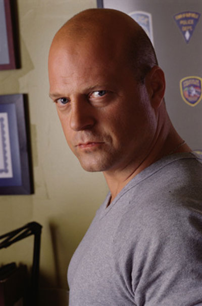 Zona: In my crystal ball Michael-chiklis