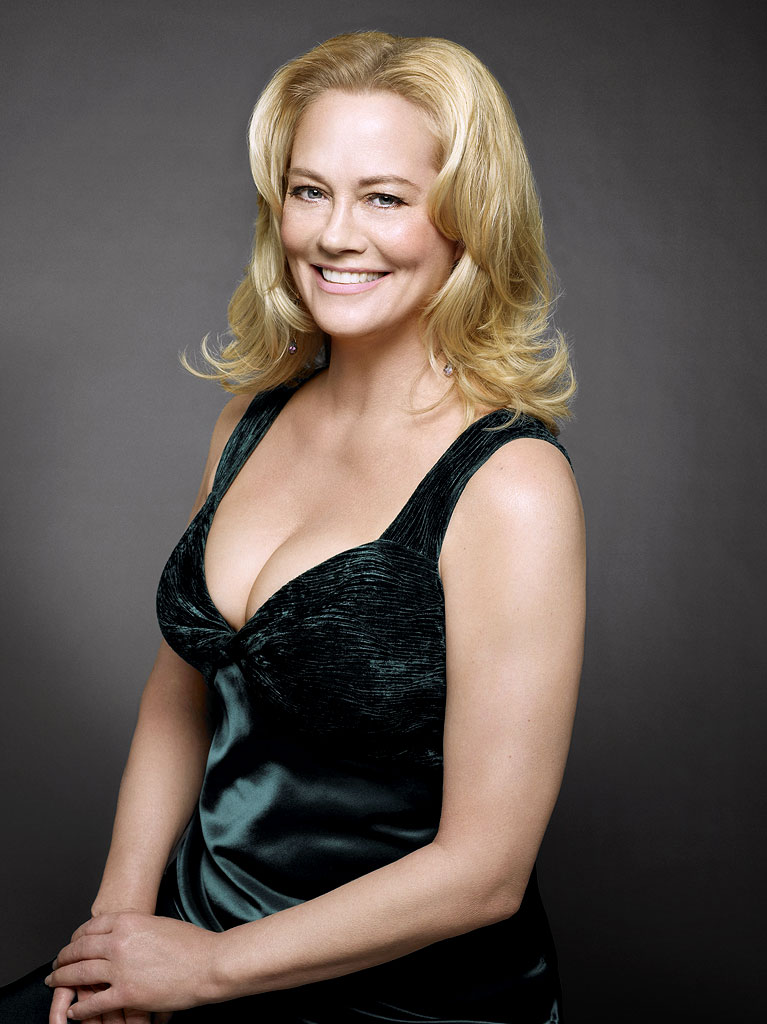 Cybill shepherd participar da s rie my dad says for Today hot pic