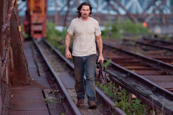 out-of-the-furnace-christian-bale-3