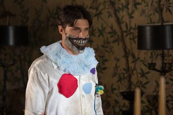 american-horror-story-freak-show-episode-403-finn-wittrock