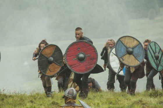 xragnar-leads-the-charge-vikings-s3e3.jpg.pagespeed.ic.4rfwR9CyMwmw06eEYqXU